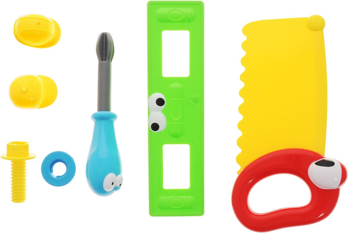 Boley Игровой набор Инструменты с пилой31162C_желтая пилаИгровой набор Инструменты - это великолепный подарок для юного строителя. Легкие и яркие пластиковые инструменты сделают вашу домашнюю мастерскую безопасной для ребенка. Набор содержит пилу, уровень, отвертку, гайку и винт. Все предметы оформлены забавными личиками с глазками. А пила и отвертка даже могут примерить строительные каски! Игрушки помогут маленькому мастеру познакомиться с основными видами инструментов и получить навык работы с ними. Предметы, входящие в набор, замечательно подходят для дидактических и ролевых игр, знакомят с социальными ролями, развивают моторные навыки. Порадуйте своего ребенка таким чудесным набором!