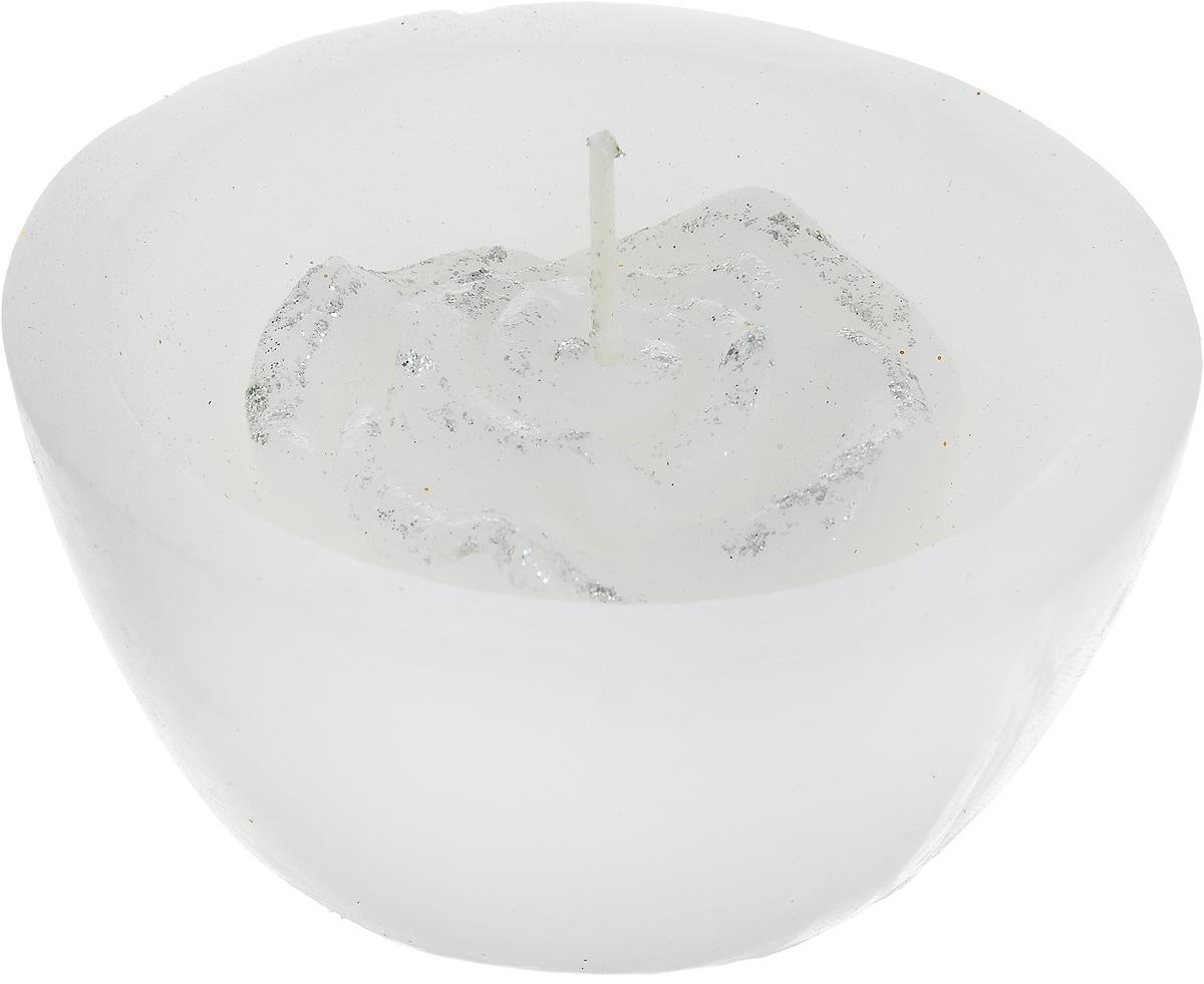 Свеча декоративная Lovemark Роза, цвет: белый, серебристый, диаметр 8 см0701GS301B-HСвеча Lovemark Роза, изготовленная из высококачественного парафина, станет прекрасным украшением интерьера помещения. Изделие украшено сверкающими блестками. Такая свеча создаст атмосферу таинственности и загадочности и наполнит ваш дом волшебством и ощущением праздника. Хороший сувенир для друзей и близких.