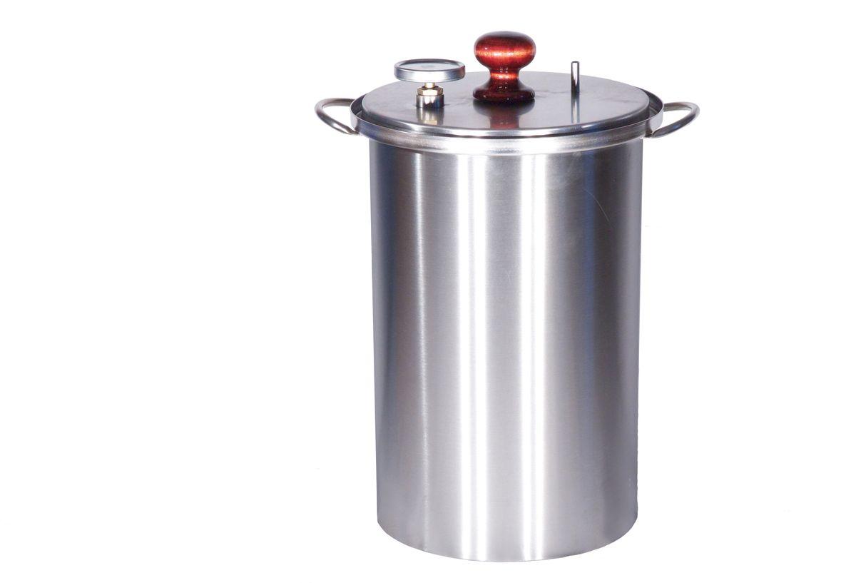 Коптильня с гидрозатвором BG Master Smoke XL455363Коптильня предназначена для копчения рыбы, мяса, курицы в домашних условиях на любом типе кухонных плит. Благодаря гидрозатвору обеспечивается герметичность и отсутствие запаха на кухне. Образующийся в результате копчения дым выводится в атмосферу с помощью силиконового дымоотвода. Среднее время приготовления продукта 60 минут.Тип копчения: горячее.Материал: пищевая нержавеющая сталь 12X17(AISI 430) ГОСТ 5632-72