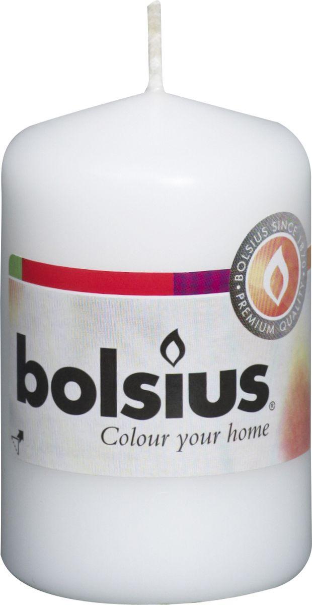 Свеча Bolsius, цвет: белый, высота 8 см103613200102Свеча Bolsius выполнена из парафина в классическом стиле. Ее можно поставить в любое место и она станет ярким украшением интерьера. Свеча Bolsius создаст незабываемую атмосферу, будь то торжество, романтический вечер или будничный день.
