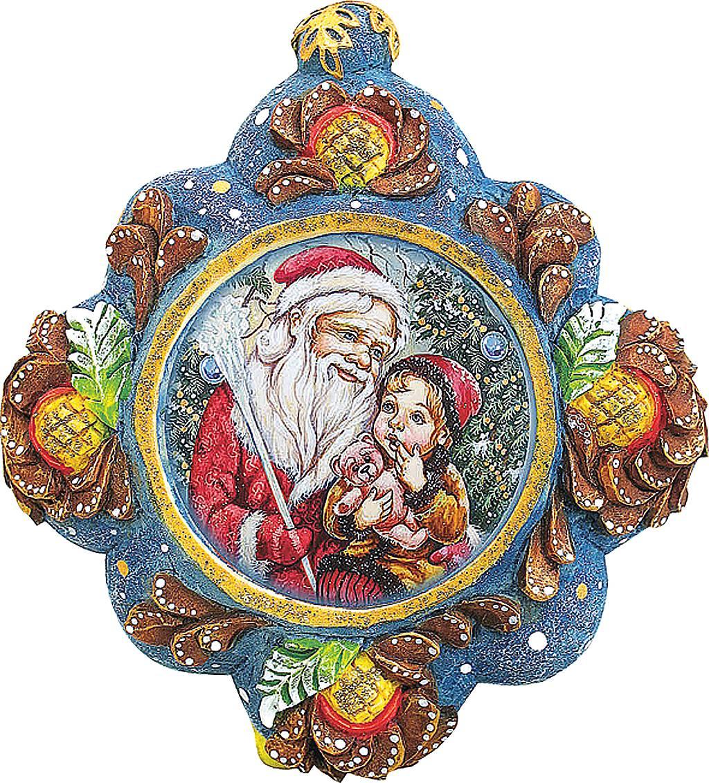 Украшение новогоднее подвесное Mister Christmas Дед Мороз с малышом, коллекционное, высота 10 смUS 6102543Коллекционное украшение Mister Christmas Дед Мороз с малышом прекрасно подойдет для праздничного декора вашего дома. Изделие выполнено из полистоуна и оснащено креплением для подвешивания на елку. Новогодние украшения несут в себе волшебство и красоту праздника. Они помогут вам украсить дом к предстоящим праздникам и оживить интерьер. Создайте в доме атмосферу тепла, веселья и радости, украшая его всей семьей. Кроме того, такая игрушка станет приятным подарком, который надолго сохранит память этого волшебного времени года. Высота украшения: 10 см.