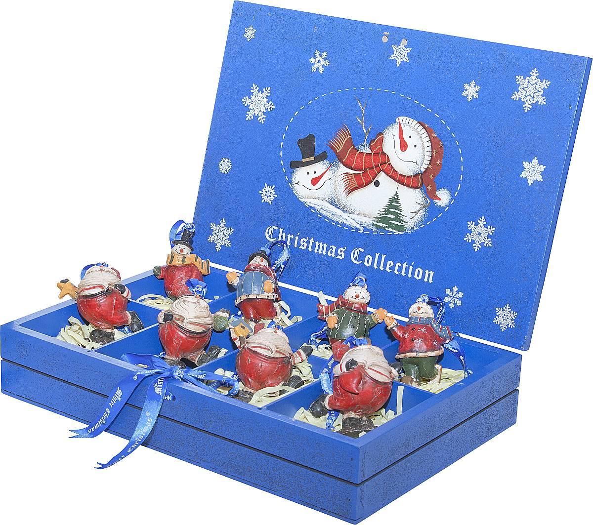 Набор новогодних подвесных украшений Mister Christmas, длина 8,5 см, 8 штLH-F3-SET/8Набор подвесных украшений Mister Christmas поможет стильно украсить новогоднюю елку. Изделия, выполненные из полистоуна в виде любимых нами Деда Мороза и снеговика, не оставят равнодушным никого, кто придет в ваш дом. Такие украшения не боятся падения, света или влаги и несмотря на размер достаточно легкие. Игрушки оснащены петелькой для подвешивания. Набор упакован в коробку из натуральной древесины, выкрашенную в насыщенный голубой цвет и украшенную рисунком. Такие украшения станут превосходным подарком к Новому году, а так же дополнят коллекцию оригинальных новогодних елочных игрушек.