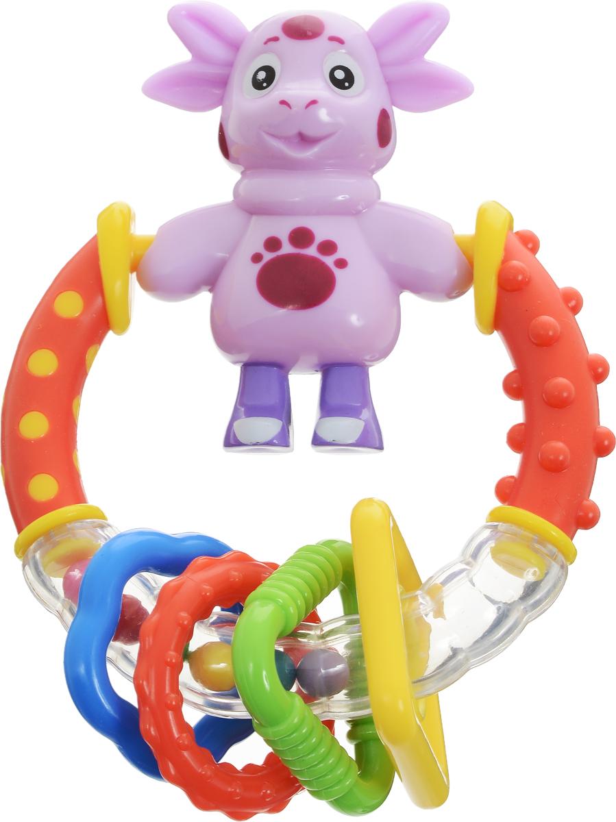 Умка Погремушка ЛунтикL01-RЯркая погремушка Умка Лунтик способна стать одной из важнейших игрушек в жизни ребенка на ранних этапах его развития. Это первый помощник в успокоении малыша, стоит потрясти ей - малыш сразу отвлечется от капризов. Погремушка выполнена в форме кольца, внутри которого перекатываются разноцветные шарики и фигуркой Лунтика. Фигурка вращается, кольцо дополнено четырьмя цветными передвижными элементами. Погремушку можно использовать в качестве прорезывателя. Игрушка изготовлена из высококачественного пластика, который совершенно безопасен для здоровья вашего малыша. Это большое колечко, внутри которого перекатываются разноцветные шарики. Подвижные, разной фактуры элементы. Яркая погремушка с фигуркой Лунтика станет не только прекрасным помощником в успокоении вашего крохи, но и любимой развивающей игрушкой. Погремушка развивает мелкую моторику рук, а также звуковое и цветовое восприятие.