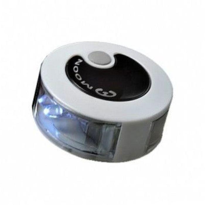 Фонарь задний Moon KL-02, 4 диода, 2 режимаWP_KL-02_RТехнические характеристики 2 супер ярких красных LED лампы 2 варианта работы: включено / мигание 2 CR2032 батарейки (в комплекте) Влагозащищенный Быстросъемное крепление (fits 22-31.8mm) Размер: O40 x 21 mm