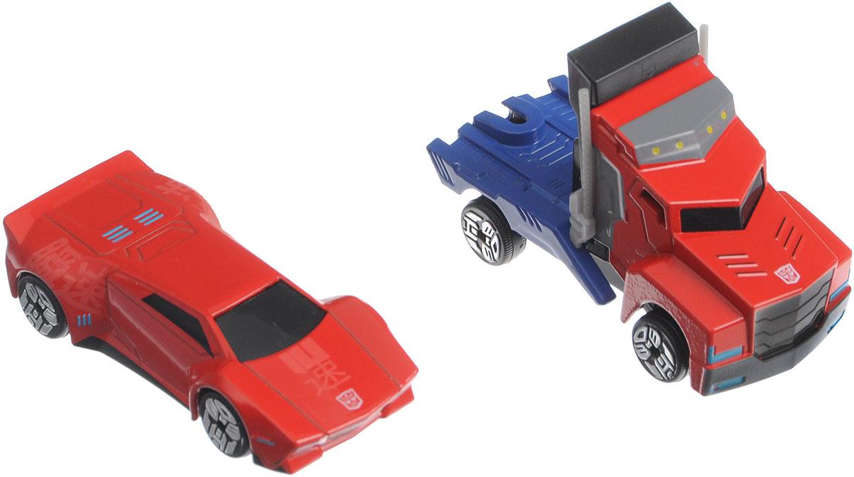 Dickie Toys Набор машинок Optimus Prime & Sideswipe3112000_красный/синий, красныйНабор машинок Dickie Toys Optimus Prime & Sideswipe выполнен по мотивам фантастической саги Transformers Robots in Disguise. С ним ребенок сможет придумать множество тематических постановок, в которых представители инопланетной расы замаскировались под видом обычных автомобилей, дабы не привлекать лишнего внимания. В набор входят 2 машинки и 3D карточка с главными героями фильма. В коллекции представлены пять героев: Sideswipe, Bumblebee, Optimus Prime, Strongarm, Steeljaw. Колесные диски машин украшены логотипами Автоботов и Десептиконов.