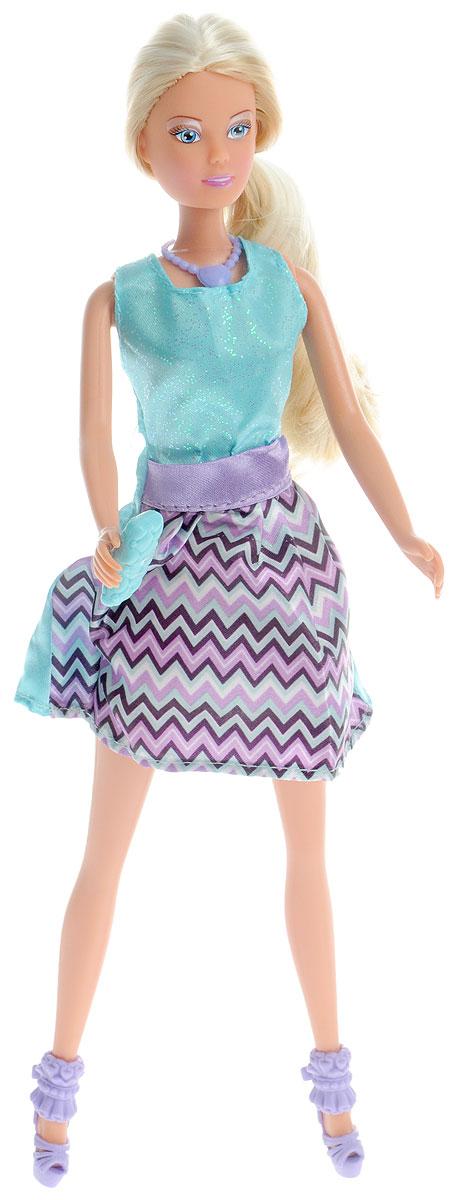 Simba Кукла Штеффи Forever цвет голубой сиреневый5732321_голубой, сиреневыйКукла Simba Штеффи. Forever - настоящая модница, ее нарядам позавидует каждая модель с обложки глянцевого журнала, а длинные белокурые локоны не оставят никого равнодушным. Одета девушка в красивое платье, которое подойдет как для ежедневных прогулок, так и для встреч с подружками, а необычные аксессуары смотрятся очень оригинально и стильно. Кукла изготовлена из прочного и безопасного материала. Ее голова, руки и ноги подвижны, что позволяет придавать ей разнообразные позы. Благодаря играм с куклой, ваша малышка сможет развить фантазию и любознательность, овладеть навыками общения и научиться ответственности, а дополнительные аксессуары сделают игру еще увлекательнее. Порадуйте свою принцессу таким прекрасным подарком!
