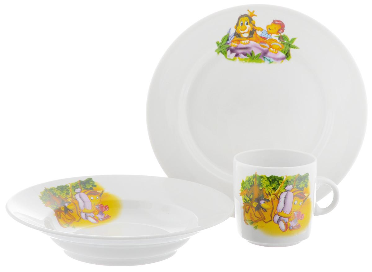Набор детской посуды Фарфор Вербилок Джунгли, 3 предмета18131450Набор посуды Джунгли изготовлен из высококачественного экологически чистого фарфора. В набор входят 3 предмета: кружка детская, плоская тарелка и тарелка для супа. Посуда оформлена красочными рисунками. Набор, несомненно, привлечет внимание вашего ребенка и не позволит ему скучать. Порадуйте своего ребенка этим замечательным набором! Диаметр кружки: 7 см. Высота кружки: 7,5 см. Диаметр тарелки для супа: 19,5 см. Высота тарелки для супа: 4 см. Диаметр плоской тарелки: 20 см. Высота плоской тарелки: 2,5 см.