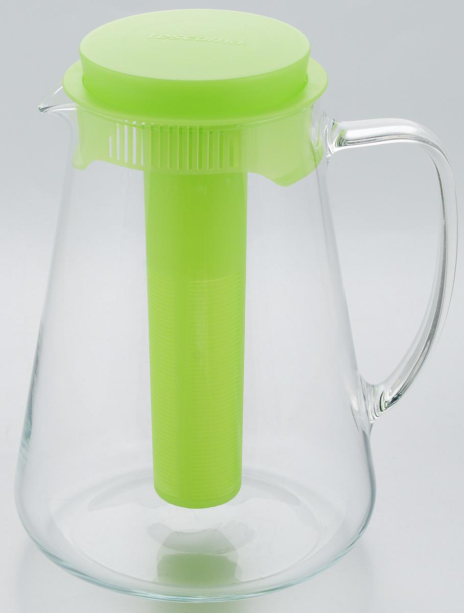 Кувшин Tescoma Teo, с крышкой, с ситечком, цвет: прозрачный, зеленый, 2,5 л646628.25Кувшин Tescoma Teo, выполненный из высококачественного прочного стекла, элегантно украсит ваш стол. Кувшин оснащен удобной ручкой, пластиковой крышкой, ситечком для настаивания чая и трав, а также охлаждающей части. Он прост в использовании, достаточно наклонить его и налить ваш любимый напиток. Форма крышки обеспечивает наливание жидкости без расплескивания. Изделие прекрасно подойдет для холодильника и для подачи на стол воды, сока, компота и других напитков, как горячих, так и холодных. Кувшин Tescoma Teo дополнит интерьер вашей кухни и станет замечательным подарком к любому празднику. Можно мыть в посудомоечной машине и использовать на газовых, стеклокерамических и электрических плитах. Диаметр (по верхнему краю): 11 см. Диаметр (по нижнему краю): 16 см. Высота кувшина (с учетом крышки): 24 см. Высота ситечка: 19,5 см.