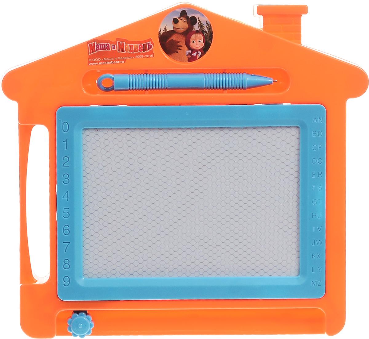 Играем вместе Магнитная доска для рисования Маша и МедведьB545249-R4Магнитная доска для рисования Маша и Медведь от компании Играем вместе предназначена для занятий творчеством. На поверхность доски наносится рисунок с помощью специальной ручки, который затем стирается поворотом механизма, расположенного внизу. Корпус игрушки изготовлен из пластика в виде домика и окрашен в яркий веселый цвет. Магнитно-маркерная доска Маша и Медведь отлично подойдет для игр и учебы. Доска для рисования станет для вашего ребенка незаменимым помощником в его творческих начинаниях.