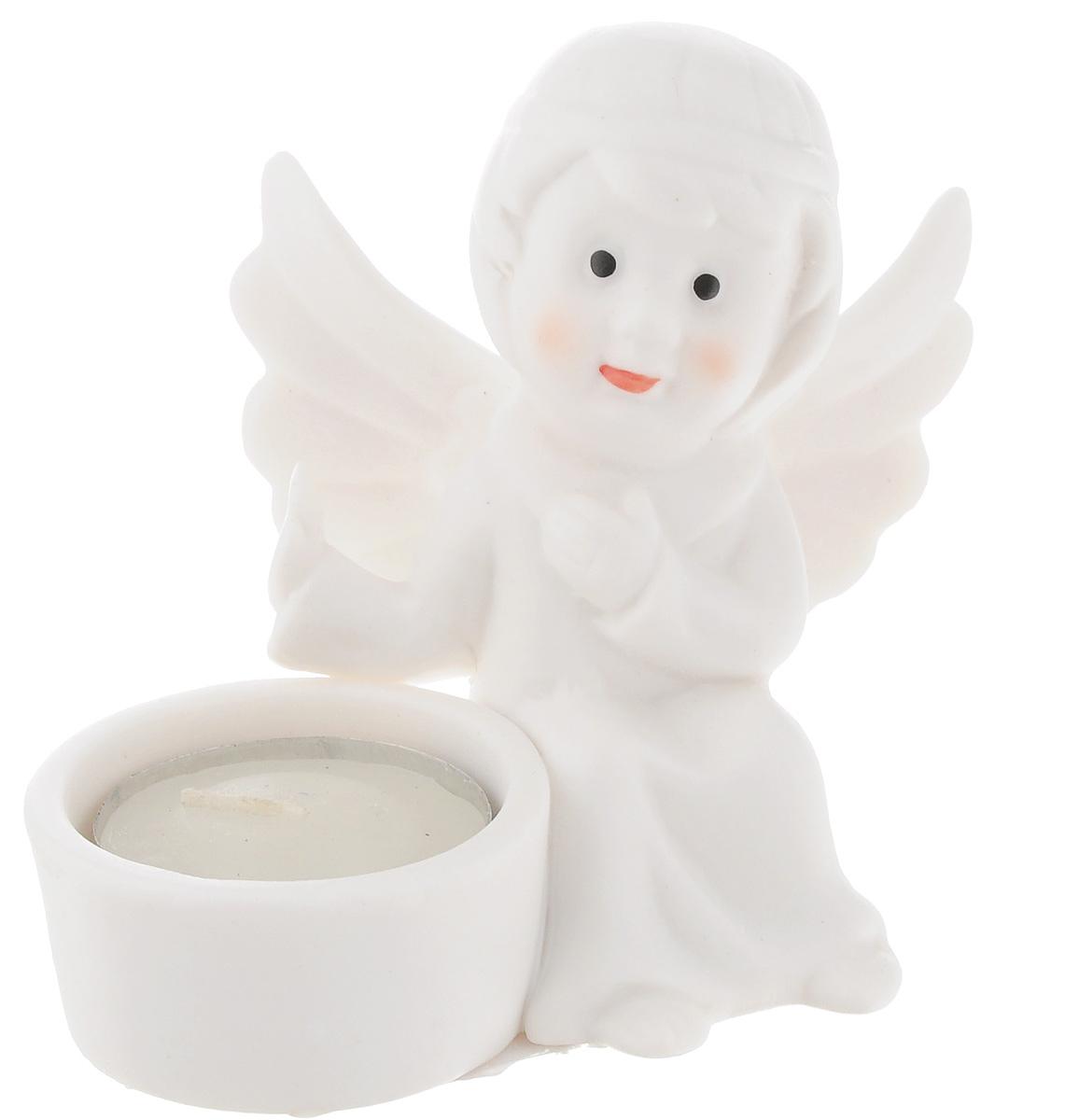 Подсвечник Lillo Ангел, со свечой, высота 8,5 смYLQ 10909Подсвечник Lillo Ангел, выполненный из керамики, украсит интерьер вашего дома или офиса. Оригинальный дизайн и красочное исполнение создадут праздничное настроение. Подсвечник выполнен в форме ангела, сидящего около небольшой чашечки. Внутри чашечки - парафиновая свеча. Вы можете поставить подсвечник в любом месте, где он будет удачно смотреться, и радовать глаз. Кроме того - это отличный вариант подарка для ваших близких и друзей в преддверии Нового года.