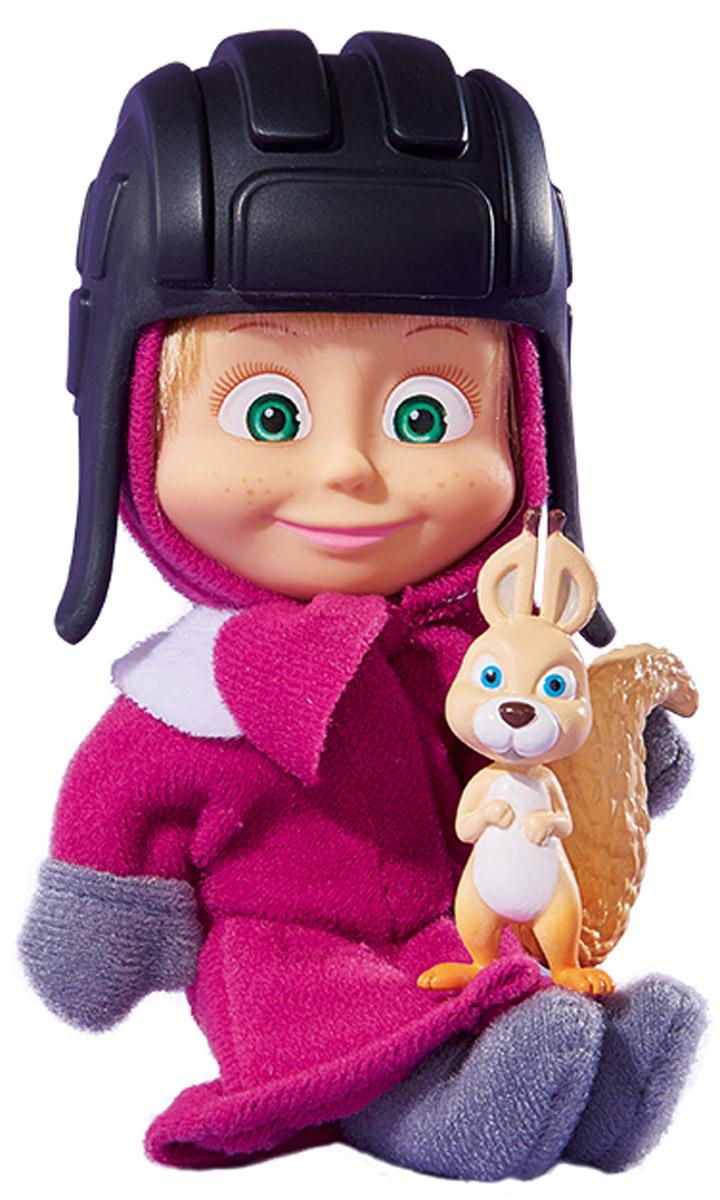 Simba Мини-кукла Маша с белкой9302117_с белкой, 109302117029Мини-кукла Маша с белкой непременно понравится вашей малышке и надолго займет ее внимание. Игрушка выполнена из безопасного материала в виде персонажа Маши из мультсериала Маша и Медведь. Маша отправилась гулять по лесу холодной зимой. Куколка в длинном пальто с варежками и мягких текстильных сапожках. На голове у маши неизменная косынка и черная пластиковая шапочка. В комплекте с куколкой имеется фигурка забавной белочки. Ручки, ножки и голова у Маши подвижны. Оригинальный стиль и великолепное качество исполнения делают эту игрушку чудесным подарком к любому празднику, а жизнерадостный образ представит такой подарок в самом лучшем свете.