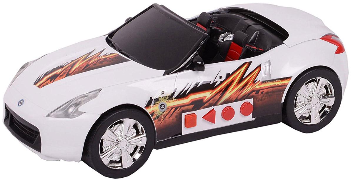 Road Rippers Машинка Nissan 370z33460TS_NissanЯркая машинка Road Rippers Nissan 370z со звуковыми и световыми эффектами, несомненно, понравится вашему ребенку и не позволит ему скучать. Игрушка выполнена в виде гоночной машинки, которая трансформируется в кабриолет. С левого бока игрушки имеется несколько функциональных кнопок. Первая кнопка запускает функцию трансформации. При нажатии на вторую кнопку, машинка резко едет вперед. Все действия происходят под оригинальные звуковые эффекты. При нажатии на другие кнопки, воспроизводятся звуки двигателя, автомобильной сигнализации и играет музыка, фары начинают светиться яркими огоньками. Ваш ребенок часами будет играть с машинкой, придумывая различные истории и устраивая стремительные гонки. Порадуйте его таким замечательным подарком! Рекомендуется докупить 3 батарейки напряжением 1,5V типа AА (товар комплектуется демонстрационными).