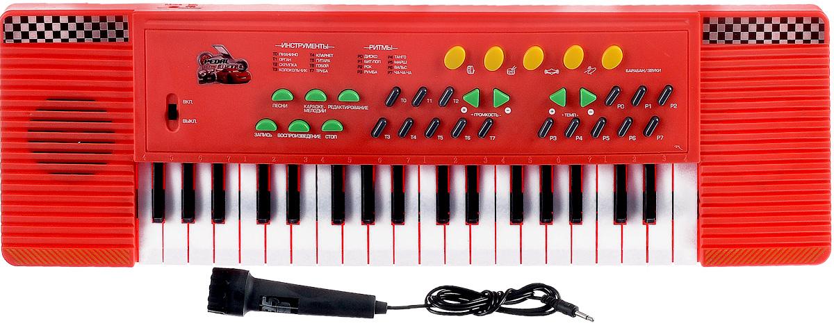 Играем вместе Синтезатор ТачкиMQ-3788-RСинтезатор Играем вместе Тачки предназначен специально для тех детей, которые уже с самого раннего возраста проявляют интерес к музыке. Игрушка выполнена из прочного и безопасного пластика. Синтезатор оснащен 37 клавишами и микрофоном. Также синтезатор имеет функцию записи и караоке. Музыкальный инструмент поможет ребенку развить слух, зрение, моторику и воображение, артистизм и творческое мышление. С такой игрушкой ваш ребенок порадует вас замечательным концертом! Необходимо купить 4 батарейки напряжением 1,5V типа АА (не входят в комплект).