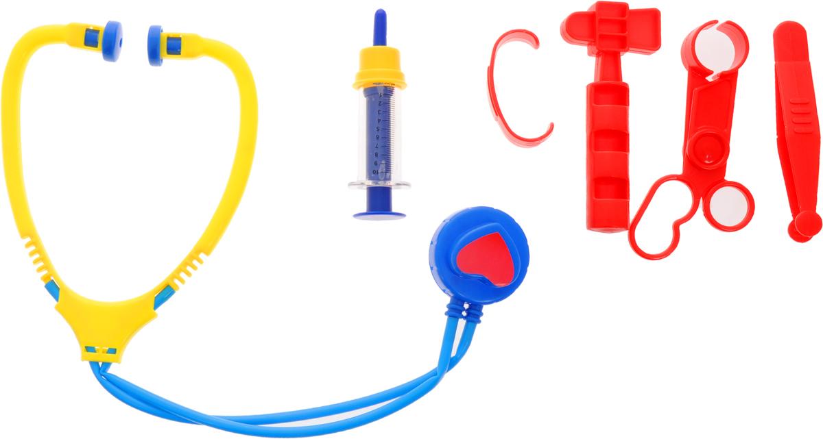 Играем вместе Игрушечный набор доктора Маша и Медведь 6 предметовMT1092MTP-DA-RЕсли плюшевые игрушки и куколки заболели и грустят, ваш малыш сможет им помочь, превратившись в заботливого доктора. Взяв в руки стетоскоп и шприц, ребенок будет выглядеть совсем как врач! Заболевшему мишке он измерит температуру, и даст витаминку. Все элементы набора выполнены из безопасного для ребенка материала и упакованы в пластиковый чемоданчик. Порадуйте своего малыша таким замечательным подарком!