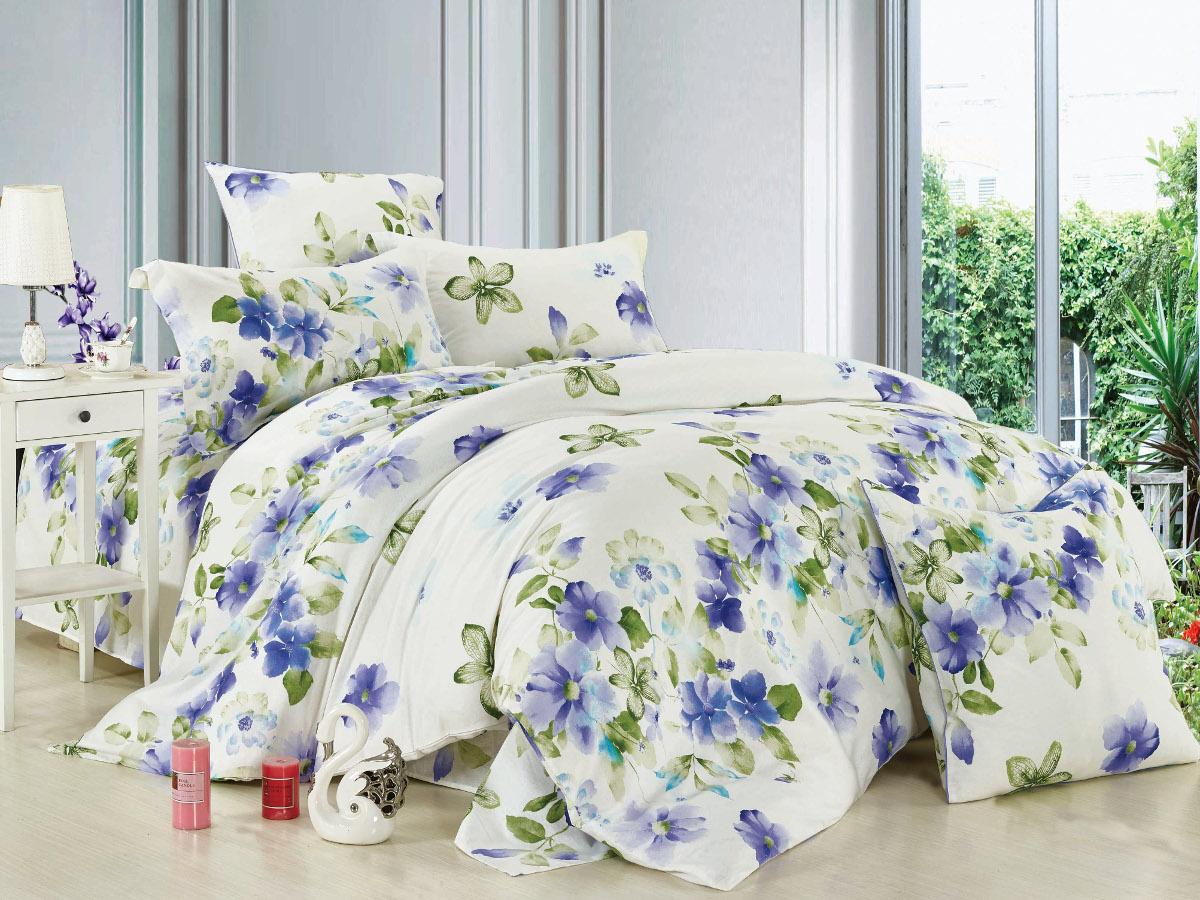Комплект белья Cleo Весенний рай, 1,5-спальный, наволочки 70x7015/005-BLКомплект постельного белья Cleo выполнен из высококачественной бязи люкс (100% хлопок), которая идеально подходит для любого времени года Постельное белье из бязи имеет ряд уникальных свойств: экологичность, гипоаллергенность, сохраняет внешний вид на долгие годы, не садится, легко гладится, не накапливает статического электричества, обладает исключительной терморегуляцией, загрязнения прекрасно отстирываются любыми средствами. Благодаря особому способу переплетения нитей в полотне, обеспечивается особая плотность ткани, что делает ее устойчивой к износу. Высокая плотность - это залог прочности и долговечности, однако она не влияет на удовольствие от прикосновения. Благодаря пигментному способу нанесения печати даже после многократных стирок в деликатном режиме постельное белье сохраняет свой первоначальный вид. Такое постельное белье окутает вас своей нежностью и подарит спокойный комфортный сон, а яркие оригинальные дизайны стильно дополнят...