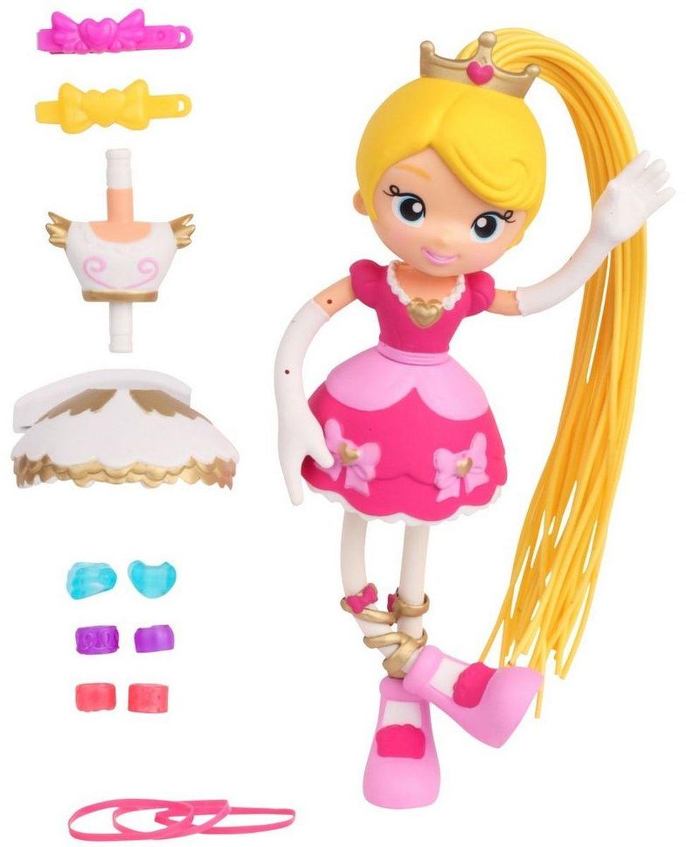 Moose Мини-кукла Принцесса Бетти59010/ast59000Мини-кукла Moose Принцесса Бетти - восхитительный подарок для маленькой мечтательницы. Благодаря съемным нарядам кукла-принцесса в шикарном розовом платье легко может превратиться в куклу-балерину в бело-золотистом костюме. Отличительной особенностью серии Куклы-макароны является то, что руки и ноги куклы гнуться, что позволяет поставить ее в любую удобную позу. Длинный желтый хвост куклы тоже съемный. При помощи всевозможных бусин, заколок и резинок, входящих в комплект, кукле можно делать различные прически.