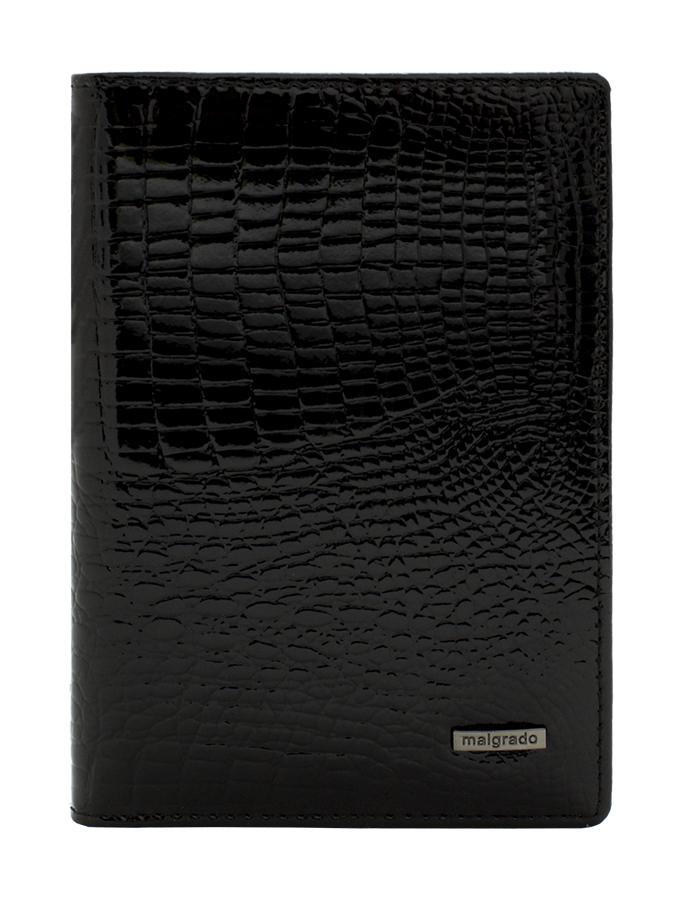 Обложка для паспорта Malgrado, цвет: черный. 54019-1-46#54019-1-46# BlackСтильная обложка для паспорта Malgrado изготовлена из натуральной лакированной кожи черного цвета с тиснением под рептилию. Внутри содержит прозрачное пластиковое окно, съемный прозрачный вкладыш для полного комплекта автодокументов, пять отделений для кредитных и дисконтных карт. Обложка упакована в подарочную картонную коробку с логотипом фирмы. Такая обложка станет замечательным подарком человеку, ценящему качественные и практичные вещи. Характеристики: Материал: натуральная кожа, пластик. Размер обложки: 13,5 см х 9,5 см х 1,5 см. Цвет: черный. Размер упаковки: 15,5 см х 11,5 см х 3,5 см. Артикул: 54019-1-46#.