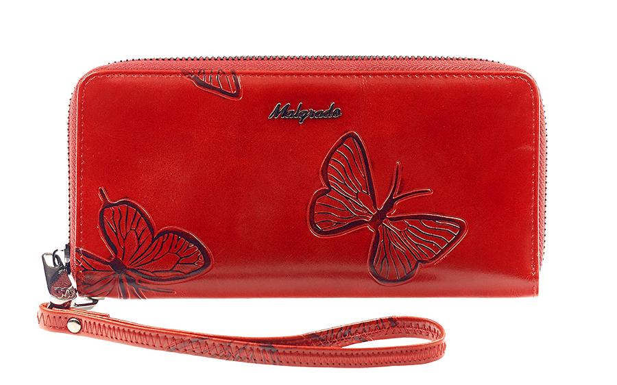 Кошелек женский Malgrado, цвет: красный. 73005-7003D73005-7003D RedСтильный клатч Malgrado изготовлен из натуральной кожи красного цвета с декоративным тиснением в виде бабочек и закрывается на молнию. Внутри расположены четыре основных отделения, одно из которых на молнии, по четыре кармашка на боковых стенках для карточек, визиток, кредиток и два кармашка побольше, в которые можно положить пропуск, проездной билет или фотографию. В комплект так же входит кожаный ремешок для удобной переноски. Клатч упакован в металлическую коробку с логотипом фирмы. Такой кошелек станет замечательным подарком человеку, ценящему качественные и практичные вещи. Характеристики: Материал: натуральная кожа, текстиль, металл. Размер клатча: 19 см х 10 см х 2 см. Цвет: красный. Размер упаковки: 23 см х 13 см х 4,5 см. Артикул: 73005-7003D.
