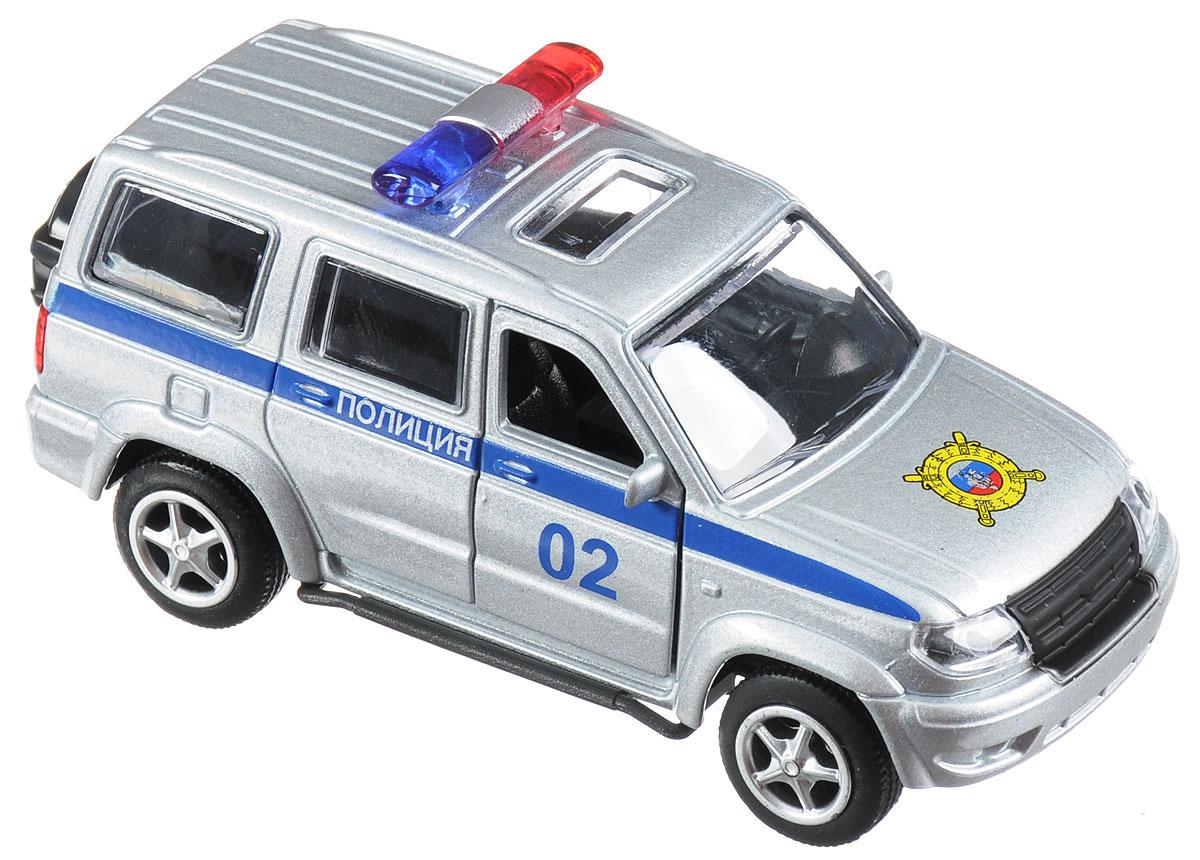 ТехноПарк Машинка инерционная UAZ Patriot ПолицияX600-H09029-RМашинка инерционная ТехноПарк UAZ Patriot. Полиция придется по душе и детям, и взрослым коллекционерам миниатюрных моделей. Игрушка представляет собой реалистичную уменьшенную копию автомобиля УАЗ Патриот. Автомобиль, подобно своему прототипу, оснащен мигалкой. Передние двери открываются. Авто оснащено инерционным механизмом, а прорезиненные колеса обеспечивают надежное сцепление с любой поверхностью пола. Подарите вашему малышу возможность почувствовать себя настоящим водителем.