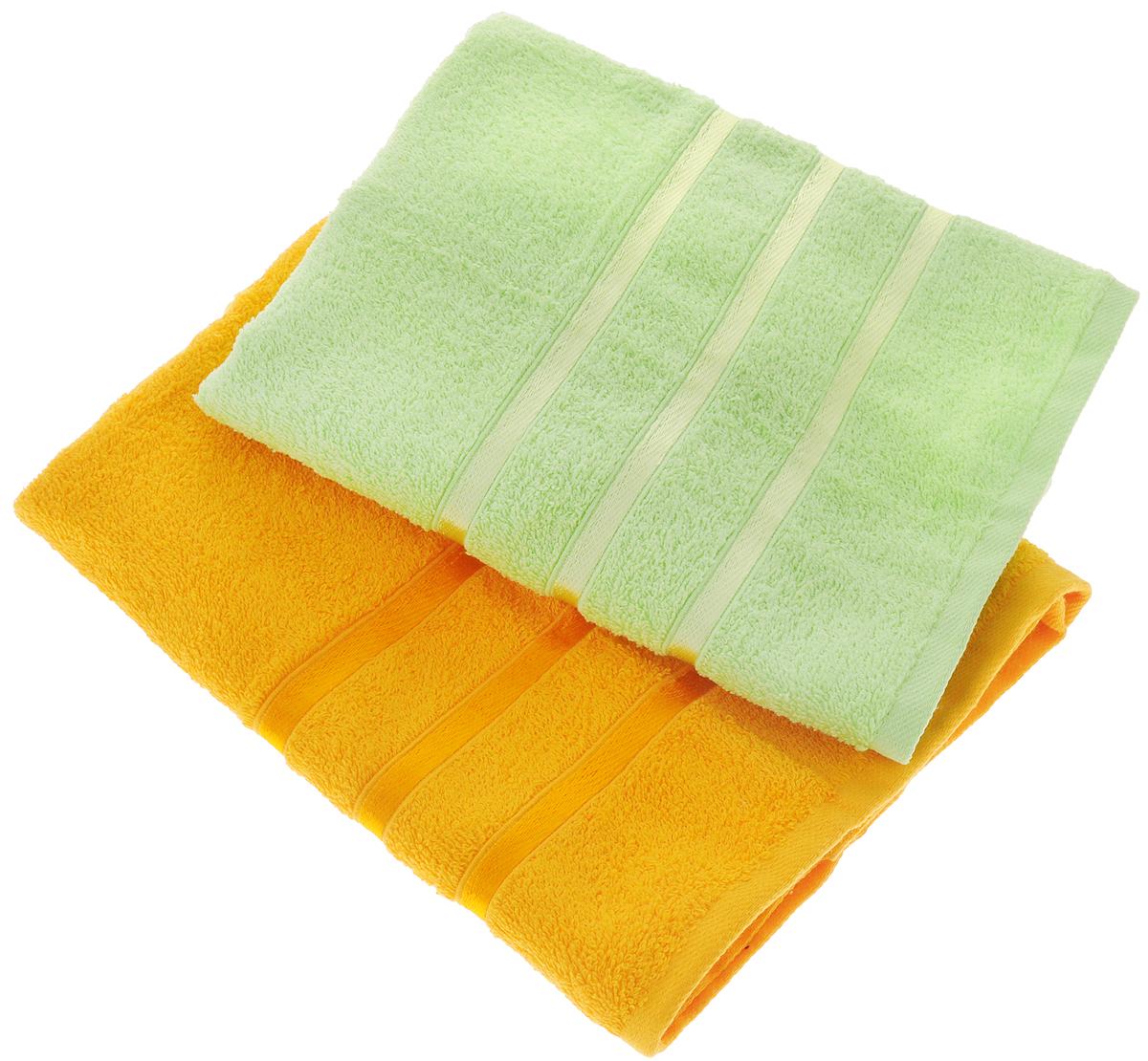 Набор полотенец Tete-a-Tete Ленты, цвет: желтый, зеленый, 50 х 85 см, 2 штУНП-101-12-2кНабор Tete-a-Tete Ленты состоит из двух махровых полотенец, выполненных из натурального 100% хлопка. Бордюр полотенец декорирован лентами. Изделия мягкие, отлично впитывают влагу, быстро сохнут, сохраняют яркость цвета и не теряют форму даже после многократных стирок. Полотенца Tete-a-Tete Ленты очень практичны и неприхотливы в уходе. Они легко впишутся в любой интерьер благодаря своей нежной цветовой гамме. Набор упакован в красивую коробку и может послужить отличной идеей подарка. Размер полотенец: 50 х 85 см.