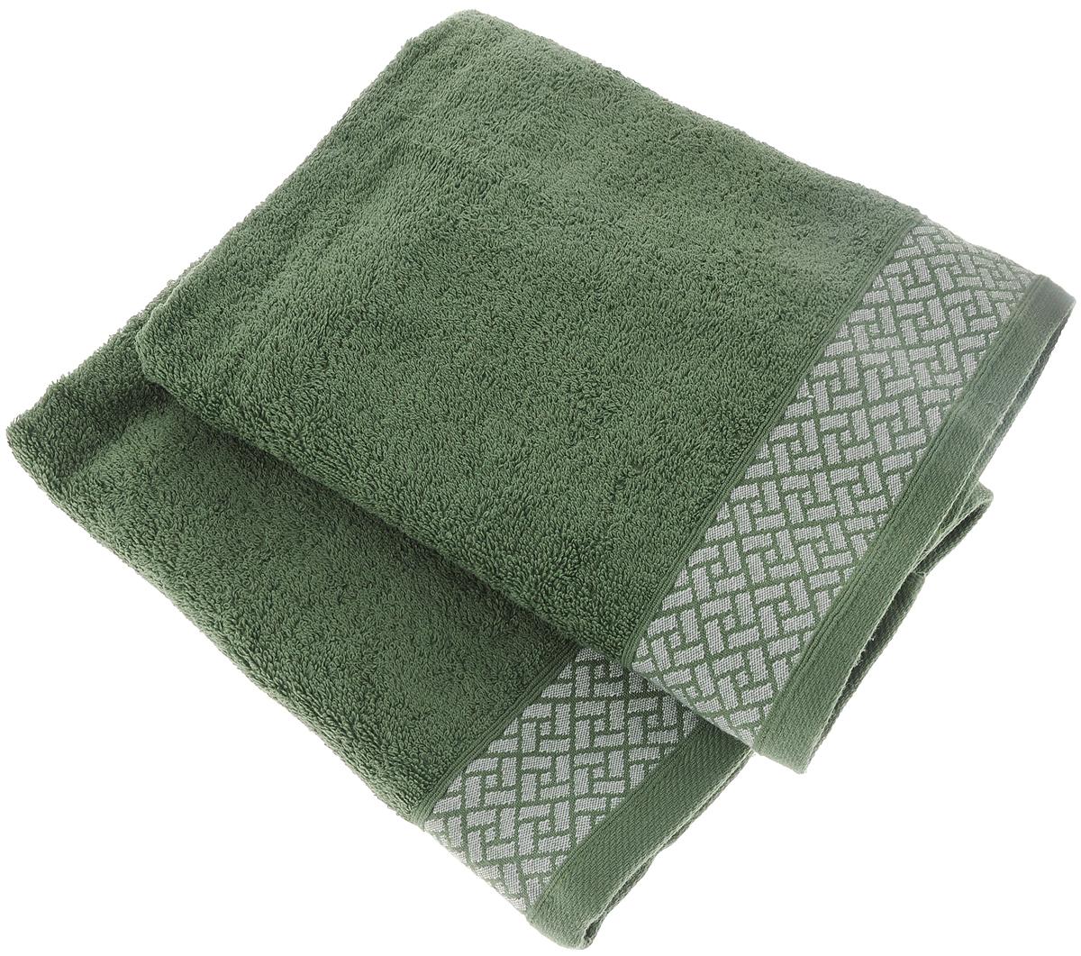 Набор полотенец Tete-a-Tete Лабиринт, цвет: зеленый, 50 х 90 см, 2 штУП-009-01-2кНабор Tete-a-Tete Лабиринт состоит из двух махровых полотенец, выполненных из натурального 100% хлопка. Бордюр полотенец декорирован геометрическим узором. Изделия мягкие, отлично впитывают влагу, быстро сохнут, сохраняют яркость цвета и не теряют форму даже после многократных стирок. Полотенца Tete-a-Tete Лабиринт очень практичны и неприхотливы в уходе. Они легко впишутся в любой интерьер благодаря своей нежной цветовой гамме. Набор упакован в красивую коробку и может послужить отличной идеей для подарка. Размер полотенец: 50 х 90 см.