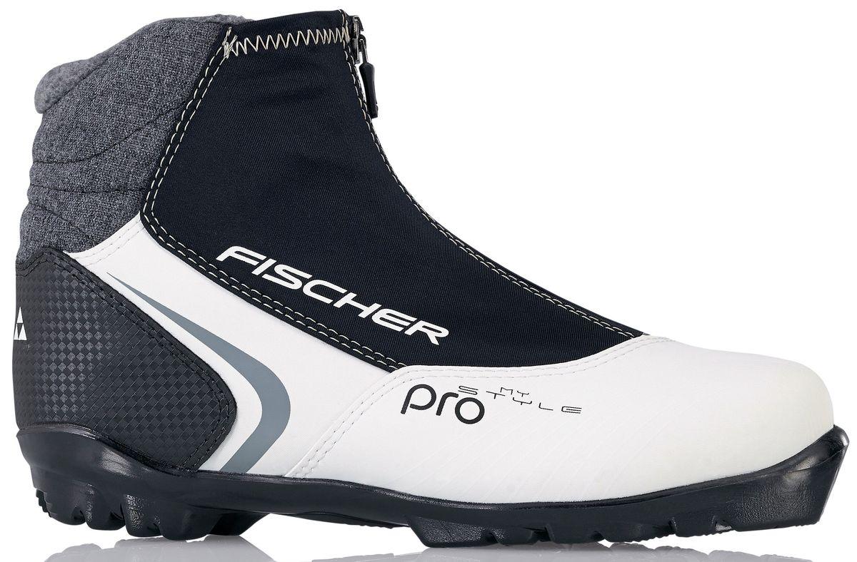 Ботинки лыжные беговые Fischer XC Pro My Style, цвет: черный, белый. S29015. Размер 35S29015Стильная модель для лыжных прогулок. Женская анатомическая колодка обеспечивает максимальный комфорт. Высокий профиль гарантирует наилучшую поддержку голеностопа. ТЕХНОЛОГИИ LADIES FIT CONCEPT Для женской целевой группы разработан свой тип колодки, который обеспечивает наилучший комфорт при катании и максимальную передачу энергии. SPORT FIT CONCEPT Для каждой целевой группы разработан свой тип колодки, который обеспечивает наилучший комфорт при катании и максимальную передачу энергии. INTERNAL MOLDED HEEL CAP Внутренняя пластиковая вставка анатомической формы в пяточной части. Очень легкая и термоформируемая. FISCHER SPEED LOCK Система быстрой застежки для профессиональной экипировки. Надежное держание и простота использования. THERMO FIT Термоформируемый материал внутреннего ботинка обладает прекрасными изоляционными свойствами и легко адаптируется по ноге.