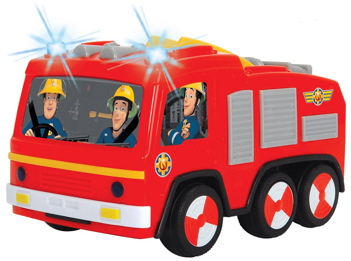 Dickie Toys Пожарная машина Non Fall Jupiter3092000Пожарная машина Dickie Toys Non Fall Jupiter - замечательная игрушка, выполненная по мотивам популярного мультфильма Пожарный Сэм. Корпус игрушки имеет яркий красный цвет и украшен красочными наклейками с изображением героев мультфильма - пожарных. Световые эффекты игрушки сделают игру с ней более интересной и разнообразной, при их активизации загораются проблесковые маячки. С машинкой дети смогут придумать различные сюжеты для игр, развивая воображение, фантазию и тренируя моторику рук. Необходимо купить 2 батарейки напряжением 1,5V типа AАА (не входят в комплект).