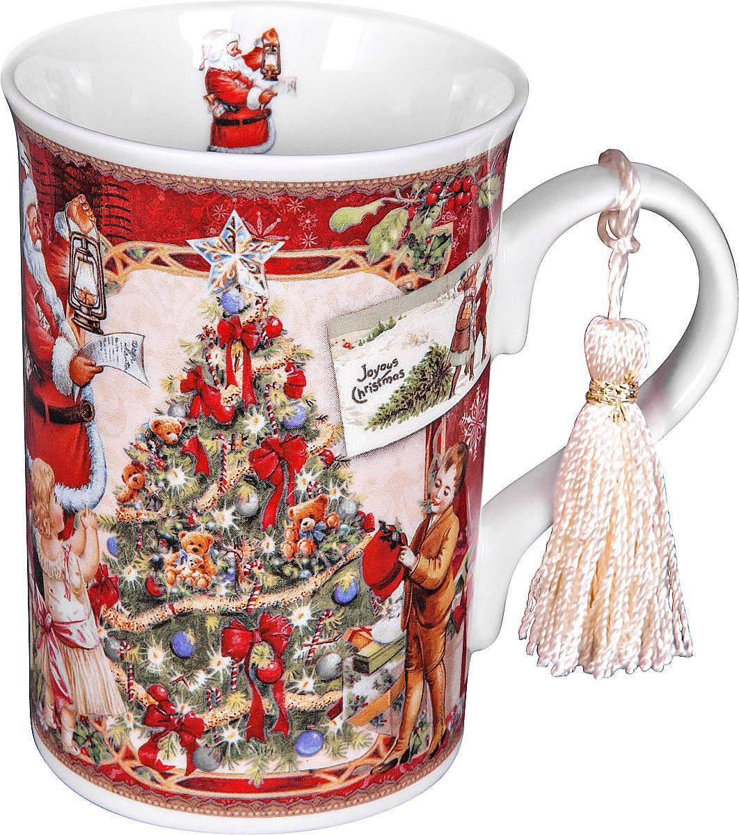 Кружка Mister Christmas Дед Мороз и дети, высота 11 смBR-M11Кружка Mister Christmas Дед Мороз и дети изготовлена из качественного глазурованного фарфора. Внешние стенки декорированы красивыми новогодними рисунками. Такая кружка согреет вас горячим напитком и станет неизменным атрибутом чаепития. Отличный новогодний подарок для друзей и близких. Кружка упакована в новогоднюю подарочную коробку.