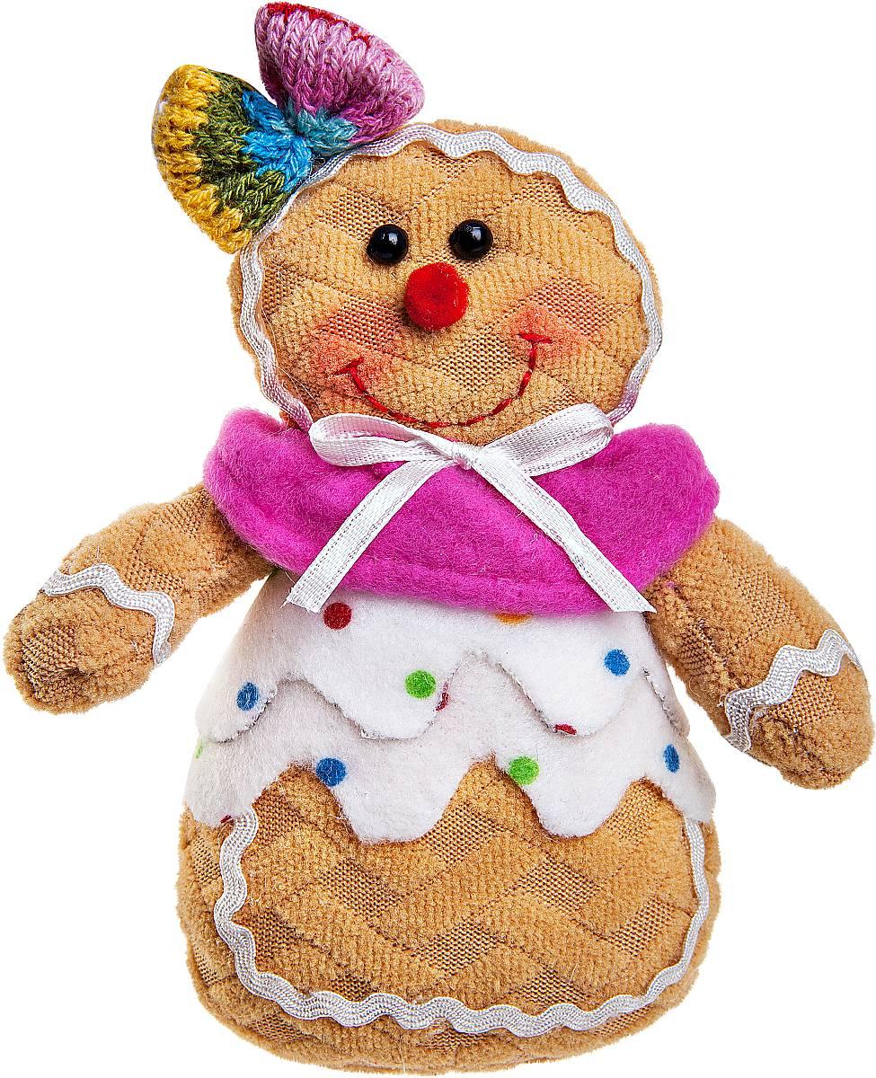 Игрушка новогодняя мягкая Mister Christmas Пряничная девочка, высота 13 смSPP-11-WМягкая новогодняя игрушка Mister Christmas Пряничная девочка, изготовленная из текстиля, прекрасно подойдет для праздничного декора дома. Изделие можно разместить в любом понравившемся вам месте. Новогодняя игрушка несет в себе волшебство и красоту праздника. Создайте в своем доме атмосферу веселья и радости, украшая дом красивыми игрушками, которые будут из года в год накапливать теплоту воспоминаний. Высота игрушки: 13 см.