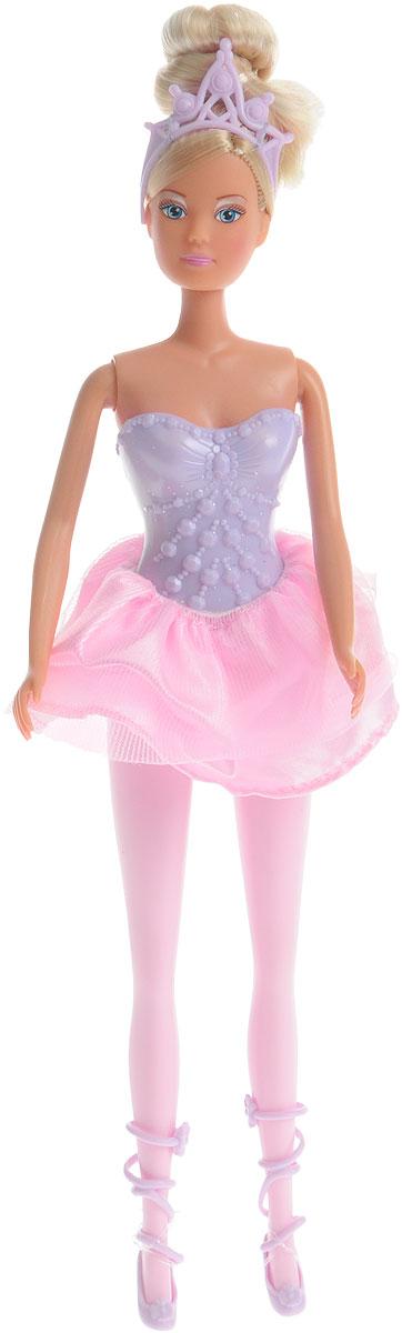 Simba Кукла Штеффи балерина цвет сиреневый розовый5732304_Сиреневый,розовыйКукла Simba Штеффи балерина надолго займет внимание вашей малышки и подарит ей множество счастливых мгновений. Кукла изготовлена из пластика, ее голова, ручки и ножки подвижны, что позволяет придавать ей разнообразные позы. Куколка одета в красивую пачку, оформленную блестками, а на ногах красивые пуанты. Наряд дополняет красивая диадема на голове у куколки. Чудесные длинные волосы куклы так весело расчесывать и создавать из них всевозможные прически, плести косички, жгутики и хвостики. Благодаря играм с куклой, ваша малышка сможет развить фантазию и любознательность, овладеть навыками общения и научиться ответственности, а дополнительные аксессуары сделают игру еще увлекательнее. Порадуйте свою принцессу таким прекрасным подарком!
