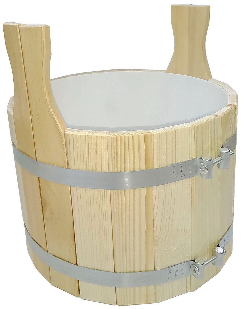 Шайка для бани Доктор Баня, с пластиковой вкладкой, 10 л905152Шайка круглой формы, выполненная из кедра, прекрасно подойдет для замачивания веника или других банных процедур. Внутри шайки располагается пластиковая вкладка. Шайка является одной из тех приятных мелочей, без которых не обойтись при принятии банных процедур. Аксессуары для бани и сауны - это те приятные мелочи, которые приносят радость и создают комфорт. Интересная штука - баня. Место, где одинаково хорошо и в компании, и в одиночестве. Перекресток, казалось бы, разных направлений - общение и здоровье. Приятное и полезное. И всегда в позитиве. Характеристики: Материал: дерево (кедр), пластик. Объем шайки: 10 л. Диаметр шайки: 30 см. Высота шайки (без учета ручек): 21,5 см. Длина ручек: 10 см. Диаметр пластикового вкладыша: 27 см. Высота пластикового вкладыша: 18,5 см. Размер упаковки: 30 см х 30 см х 31,5 см. Артикул: 905152.