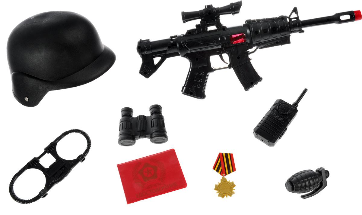 Играем вместе Игрушечный набор военного Вооруженные силыB935076-RЛюбой мальчик будет в восторге от игрушечного военного набора Играем вместе Вооруженные силы. Он содержит в себе: автоматическую винтовку с прицелом, бинокль, гранату, рацию, наручники, удостоверение, а также настоящую медаль и каску. Теперь времяпрепровождение ребенка на улице с друзьями станет еще веселей. Используя каждый предмет в наборе, можно устроить настоящий военный парад.
