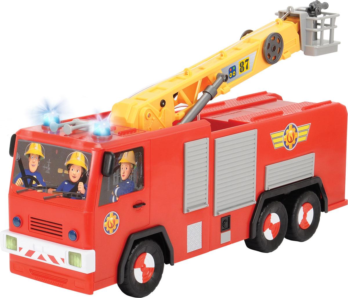 Dickie Toys Пожарная машина на дистанционном управлении Юпитер3099001Пожарная машина на дистанционном управлении Dickie Toys Юпитер - аналог машинки из популярного мультфильма Пожарный Сэм обязательно порадует вашего ребенка и подарит ему множество веселых игр и положительных эмоций. Выполненная из высококачественного безопасного пластика игрушка отличается большим размером и оснащена действующим водометом. Ребенок сможет залить в специально предназначенный резервуар настоящую воду и тушить воображаемые пожары. Машина может двигаться вперед, назад, вправо, влево, останавливаться. Кран машины поднимается и поворачивается вокруг своей оси. Машинка управляется при помощи пульта дистанционного управления (в комплекте). Пульт присоединен с помощью провода; игра с краном осуществляется только на расстоянии, равном длине провода. Порадуйте своего малыша таким замечательным подарком! Для работы игрушки необходимы 6 батареек АА напряжением 1,5V (в комплект входят 2 демонстрационные).