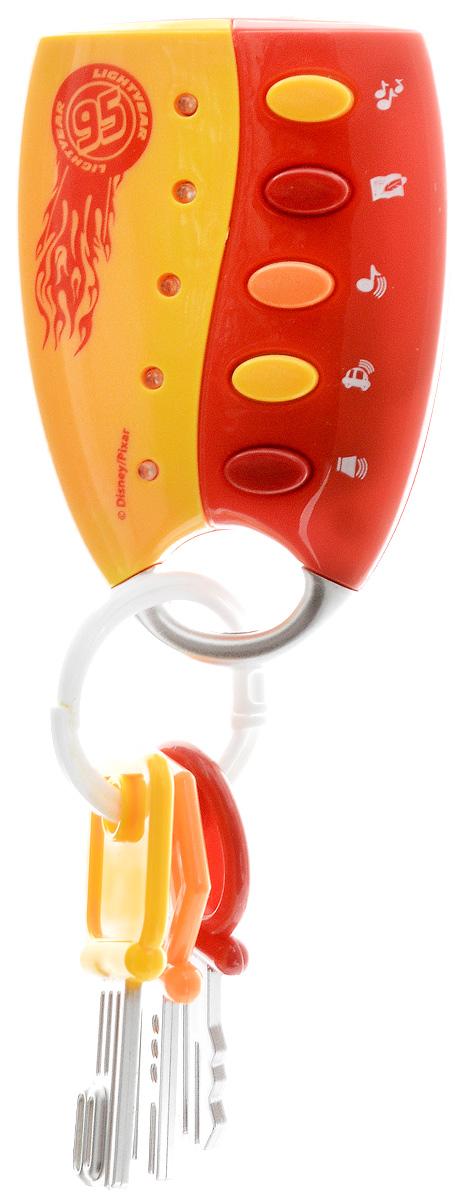 Умка Развивающая игрушка Музыкальный брелок ТачкиB862374-R2Развивающая игрушка Умка Музыкальный брелок. Тачки - лучший подарок для ребенка от 6 месяцев. Своим ярким цветом он привлечет внимание. На брелоке имеются 3 разноцветных ключика. Нажимая на кнопки, ребенок услышит 2 песенки про героев, звук сигнализации и стихотворение. Игрушка развивает музыкальные и сенсорные способности, наглядно-образное мышление и внимание. Забавные звуки и веселые песенки не дадут заскучать малышу. Нажимая на кнопки, ребенок будет развивать мелкую моторику рук и тактильное ощущения. Рекомендуется докупить 2 батарейки напряжением 1,5V типа АА (товар комплектуется демонстрационными).