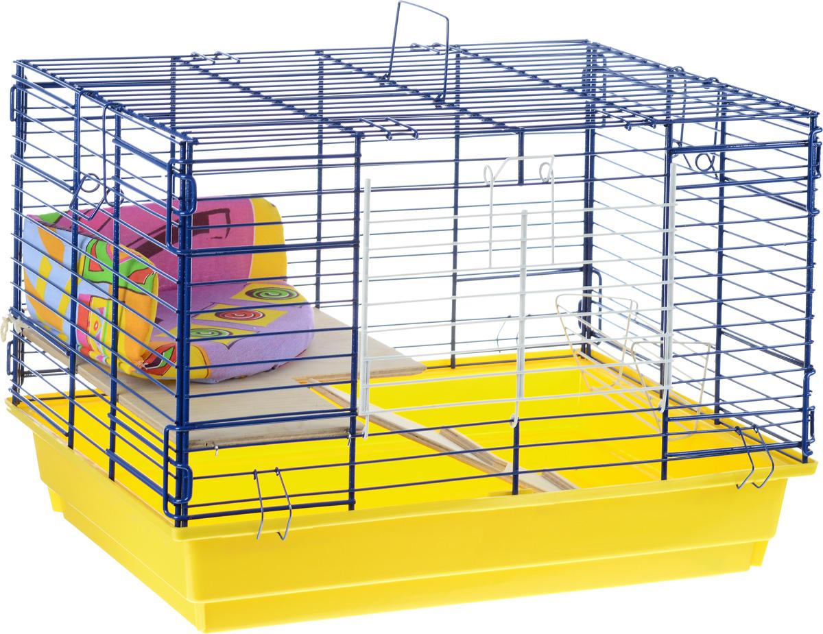 Клетка для кролика ЗооМарк, 2-этажная, цвет: желтый поддон, синяя решетка, 59 х 40 х 41 см650КОКлетка ЗооМарк, выполненная из полипропилена и металла, подходит для кроликов. Изделие двухэтажное, оборудовано кормушкой и небольшим угловым диванчиком. Клетка имеет яркий поддон, удобна в использовании и легко чистится. Сверху имеется ручка для переноски. Такая клетка станет уединенным личным пространством и уютным домиком для грызуна.