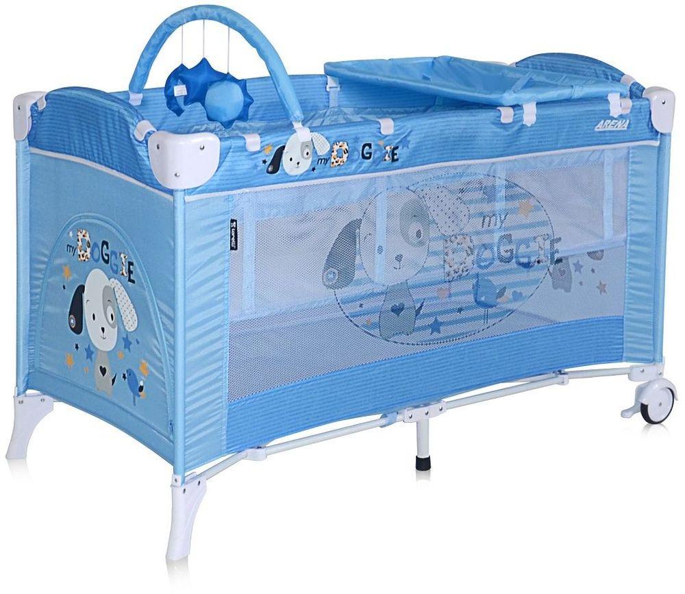 Lorelli Манеж-кроватка Arena 2 Plus цвет синий3800151905615Стильный и функциональный манеж от болгарского бренда Bertoni Arena 2 Plus можно использовать в качестве кроватки для ребенка, что решает вопрос безопасности и комфорта малыша во время поездок и путешествий. Практичная и удобная такая кроватка яркая и красочная нравится всем деткам. Продукция компании сертифицирована и отвечает международным стандартам качества и безопасности эксплуатации. Достоинства детского манежа-кроватки Bertoni Arena 2 Plus: Дно имеет 2 уровня: нижнее для игр, верхнее – для отдыха В комплекте предусмотрен пеленальный столик и дуга с игрушками для самых маленьких деток 2 устойчивые ножки заменены на колесики с фиксаторами – теперь перемещать манеж очень просто В сложенном виде Bertoni Arena 2 Plus занимает мало места, есть удобная сумка для переноски, механизм складывания предельно простой Дно кроватки-манежа жесткое, что способствует правильному формированию позвоночника крохи Замок-фиксатор не позволяет манежу складываться самостоятельно Продукция...
