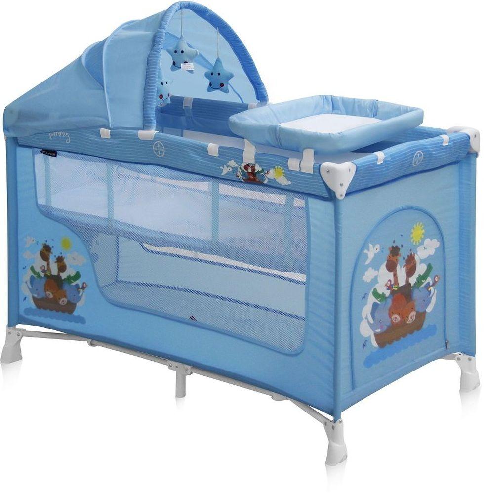 Lorelli Манеж-кроватка Nanny 2 Plus цвет синий3800151928423Детский манеж-кроватка от болгарского бренда Bertoni Nanny 2 – это гарантированный комфорт вашего малыша! Продукция компании сертифицирована и отвечает самым высоким стандартам качества и безопасности эксплуатации, одобрена нормами ЕС. Манеж-кроватка уместен не только в доме, но и на улице. Достоинства детской кроватки-манежа Bertoni Nanny 2: Продукция изготовлена из высококачественных, экологичных материалов с антибактериальным покрытием Дно в Bertoni Nanny 2 имеет 2 уровня: одно для игр, второе для сна Дно жесткое, что гарантирует правильную поддержку спинки ребенка во время сна Bertoni Nanny 2 имеет центральную ножку, которая гарантирует не только дополнительную устойчивость, но и не дает прогибаться дну В сложенном виде конструкция занимает мало места, легко переносится в сумки, которая идет в комплекте. Процесс складывания предельно прост Bertoni Nanny 2 снабжена пеленатором, который устанавливается на борта манежа и еще есть защитный капюшон с дугой и игрушками Боковины...