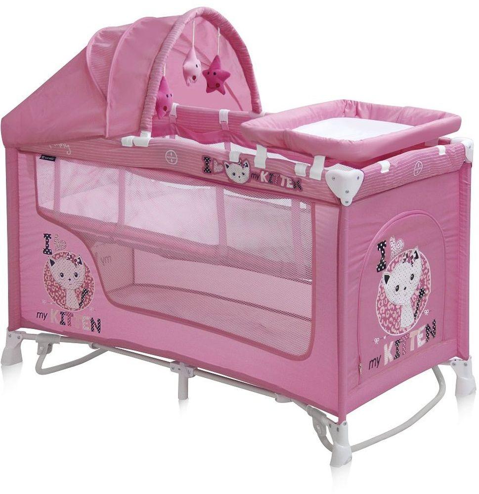 Lorelli Манеж-кроватка Nanny 2 Plus Rocker цвет розовый3800151956839Детский манеж-кроватка от болгарского бренда Bertoni Nanny 2 Plus Rocker – это гарантированный комфорт вашего малыша! Продукция компании сертифицирована и отвечает самым высоким стандартам качества и безопасности эксплуатации, одобрена нормами ЕС. Манеж-кроватка уместен не только в доме, но и на улице. Особенности: Продукция изготовлена из высококачественных, экологичных материалов с антибактериальным покрытием Манеж имеет функцию качания. Дно в Bertoni Nanny 2 имеет 2 уровня: одно для игр, второе для сна Дно жесткое, что гарантирует правильную поддержку спинки ребенка во время сна Bertoni Nanny 2 имеет центральную ножку, которая гарантирует не только дополнительную устойчивость, но и не дает прогибаться дну В сложенном виде конструкция занимает мало места, легко переносится в сумки, которая идет в комплекте. Процесс складывания предельно прост Bertoni Nanny 2 снабжена пеленатором, который устанавливается на борта манежа и еще есть защитный капюшон с дугой и игрушками Боковины...