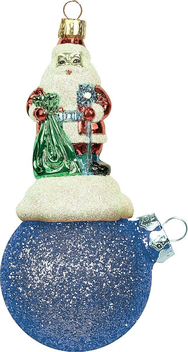 Украшение новогоднее подвесное Mister Christmas Дед Мороз на шаре, цвет: синий, длина 11 см. BD 60-401BD 60-401Подвесное украшение Mister Christmas Дед Мороз на шаре представляет собой весьма оригинальную елочную игрушку 2 в 1. Это и классический елочный шар, и миниатюрная фигурка Деда Мороза. Изделие выполнено из качественного пластика и отличается прочностью и безопасностью. Матовые краски, блестки, крепления - все эти элементы декора долгие годы будут поддерживать идеальное состояние елочной игрушки. Украшение Mister Christmas Дед Мороз на шаре - это не просто классическая елочная игрушка. Оно может стать элементом праздничного декора, если установить на специальной подставке. В любом случае такая игрушка будет привлекать внимание и создавать праздничную атмосферу в доме или офисе.