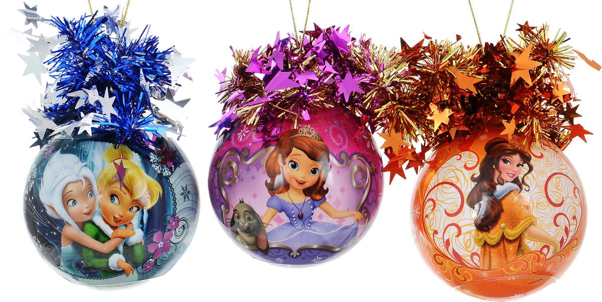 Набор новогодних подвесных украшений Morozco Шары. Принцессы, диаметр 8,5 см, 3 штТНД85002Набор подвесных украшений Morozco Шары. Принцессы прекрасно подойдет для праздничного декора новогодней ели. Набор состоит из 3 шаров, выполненных из пластика. Изделия оформлены красочным изображением принцесс Диснея и дополнены мишурой со звездочками. Для удобного размещения на елке для каждого украшения предусмотрена петелька. Елочная игрушка - символ Нового года. Она несет в себе волшебство и красоту праздника. Создайте в своем доме атмосферу веселья и радости, украшая новогоднюю елку нарядными игрушками, которые будут из года в год накапливать теплоту воспоминаний.