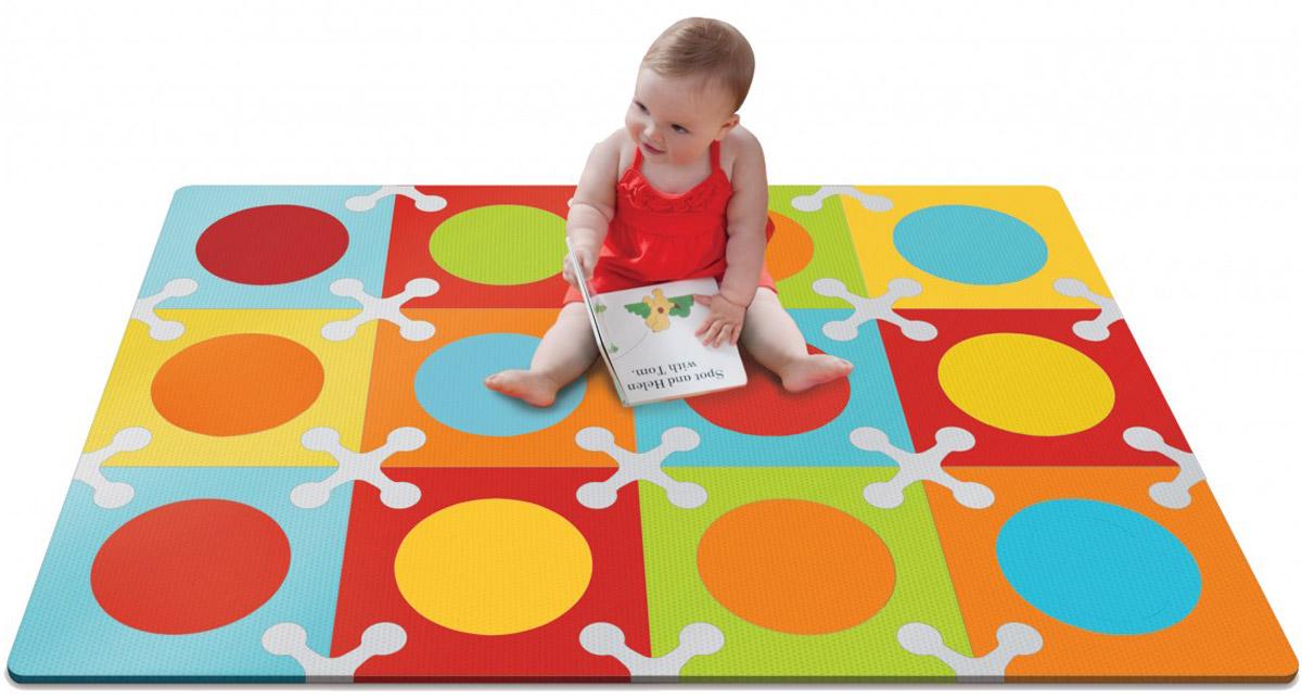 Skip Hop Напольный коврик-пазлSH 245024Коврик Skip Hop - это мягкий напольный коврик-пазл, предназначенный для создания безопасной и комфортной игровой зоны малыша и развития его творческих способностей. Пазл складывается из разноцветных фигурных плиток. Переставлять плитки и сочетать цвета можно каждый раз по новому. Игры с ковриком-мозаикой способствуют развитию у малышей мелкой моторики рук, тактильных ощущений, фантазии, способности анализировать и сопоставлять детали, знакомят их понятиями формы, размера и цвета предмета. С помощью стимулирующих расцветок, различных вариантов сочетания цветов коврик навсегда преобразит игровое пространство малыша, создавая яркую, безопасную и комфортную поверхность для игр. Коврик-мозаика выполнен из экологически безопасного материала, обладающего большой плотностью. Это обеспечивает комфорт и удобство в использовании в виде напольного покрытия в детской и ванной комнате, в спортивном зале.