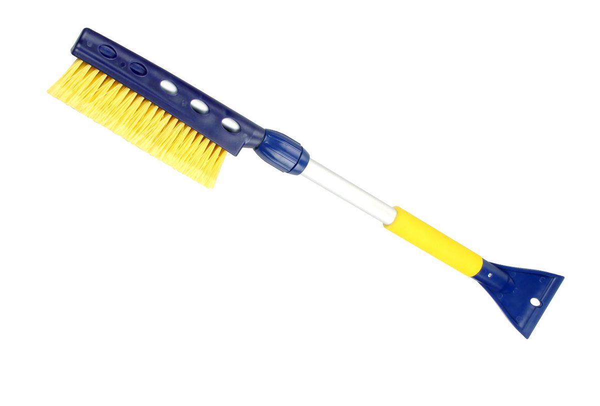 Щетка для снега Goodyear WB-06 со скребком и телескопической ручкой, цвет: синий, желтый, длина 75-94 смGY000206Удобная телескопическая щетка Goodyear для удаления снега и льда с поверхности автомобиля. Щетка изготовлена с применением распушенной щетины, что позволяет бережно и эффективно очистить кузов и стекла от снега. Телескопическая ручка выдвигается на необходимую длину для удобной очистки крыши и других труднодоступных поверхностей. Длина щетки в сложенном виде - 75 см, в разложенном - 94 см. Выдвижной механизм оснащен плотным фиксатором, который удерживает заданную длину ручки во время эксплуатации. Скребок для очистки стекол ото льда незаменим в зимние морозы. Легко и аккуратно очищает наледь. Антискользящая ручка EVA не настывает на морозе и обеспечивает комфорт во время эксплуатации. Зимние щетки адаптированы к российским условиям. Детали сделаны из морозостойкого пластика, устойчивого к низким температурам до -50 ?С.