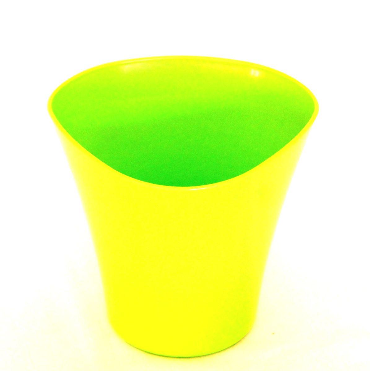 Кашпо JetPlast Волна, цвет: зеленый, 1,5 л4612754051304Кашпо Волна имеет уникальную форму, сочетающуюся как с классическим, так и с современным дизайном интерьера. Разнообразие цветов дает возможность подобрать кашпо именно под ваш стиль.