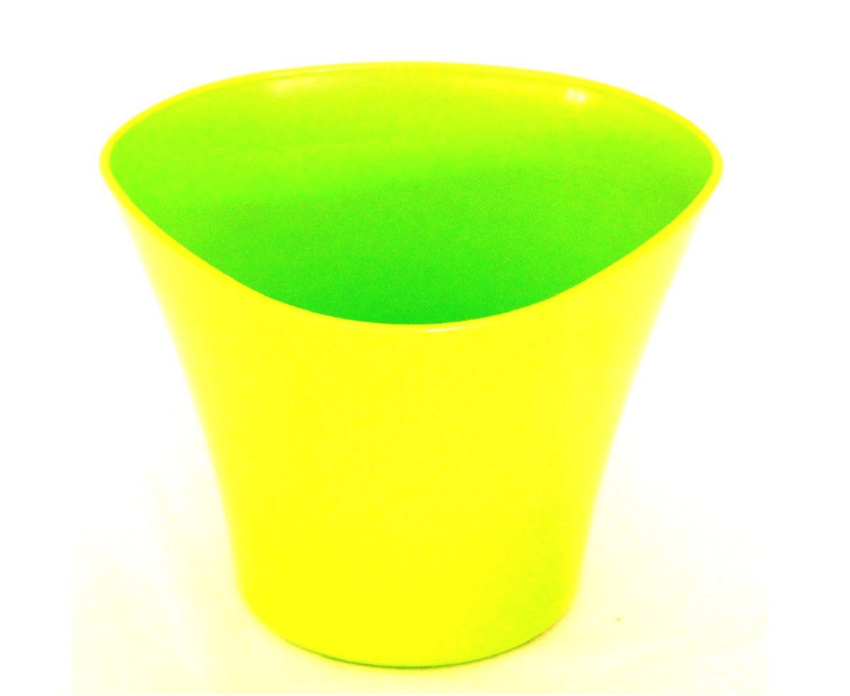 Кашпо JetPlast Волна, цвет: зеленый, 0,6 л4612754051397Кашпо Волна имеет уникальную форму, сочетающуюся как с классическим, так и с современным дизайном интерьера. Разнообразие цветов дает возможность подобрать кашпо именно под ваш стиль.