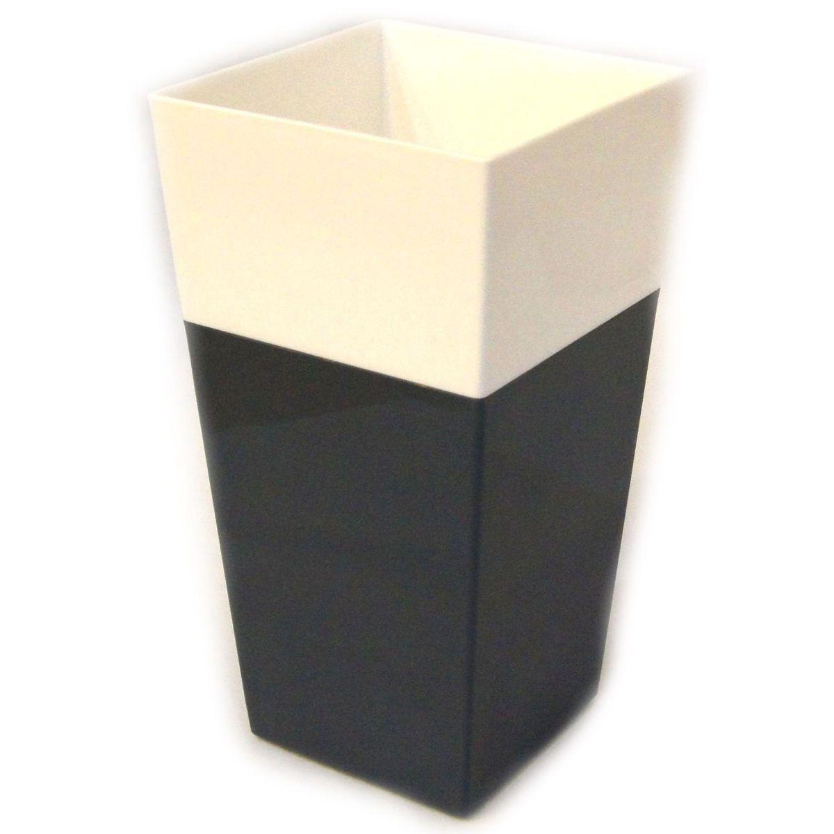 Кашпо JetPlast Дуэт, цвет: антрацит, белый, высота 34 см4612754052608Кашпо имеет строгий дизайн и состоит из двух частей: верхней части для цветка и нижней – поддона. Конструкция горшка позволяет, при желании, использовать систему фитильного полива, снабдив горшок веревкой. Оно изготовлено из прочного полипропилена (пластика). Размеры кашпо: 18 x 18 x 34 см.