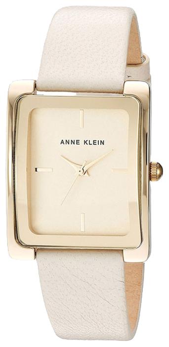 Наручные часы женские Anne Klein, цвет: белый, золотистый. 2706 CHIV2706 CHIVКорпус: металлический с желтым ПВД-покрытием; размер: 28х35мм, Браслет: натуральная кожа, цвет слоновая кость, Стекло: минеральное, Циферблат: цвет шампань, с индексами; Механизм: кварцевый.