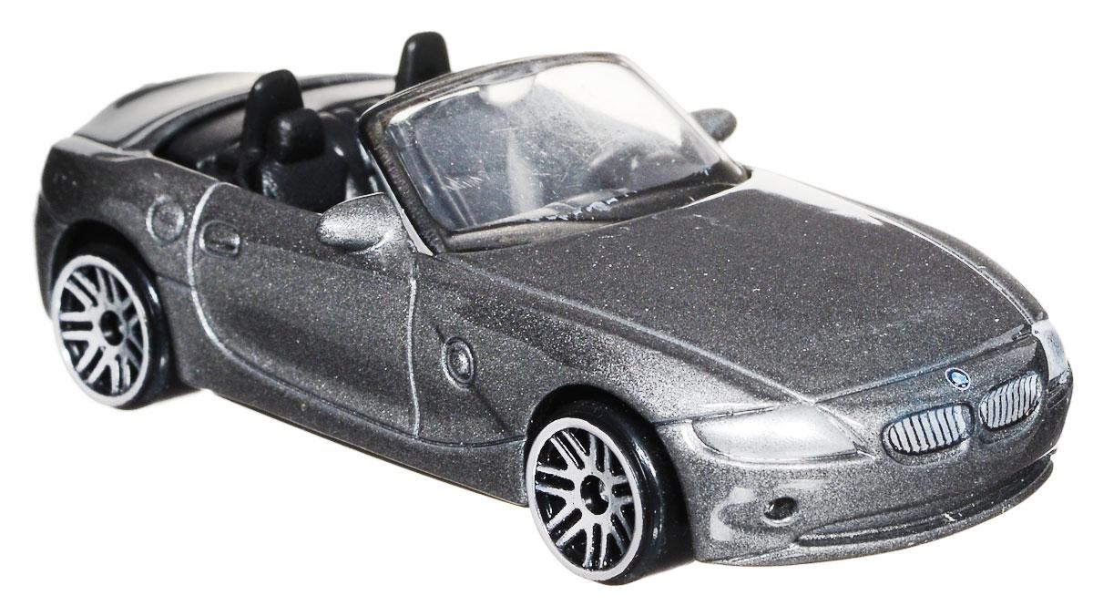 ТехноПарк Модель автомобиля BMW Z4 цвет серыйDISPLAY MIX_серыйМодель автомобиля ТехноПарк BMW Z4 - это миниатюрная копия настоящей машины. Выполненная из высококачественных материалов, она обязательно понравится не только ребенку, но и взрослому. Игрушечная модель оснащена металлическим корпусом и подвижными колесами. Машинка является отличным подарком для юного гонщика. Во время игры с такой машинкой у ребенка развиваются мелкая моторика рук, фантазия и воображение.