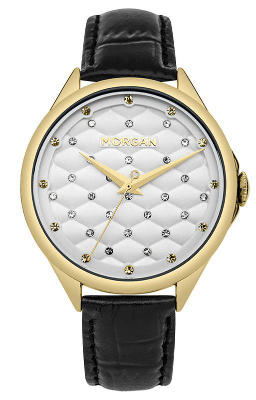 Наручные часы женские Morgan, цвет: черный. M1273BGM1273BGТрехстрелочный механизм PC21; IP Gold- покрытие; Размер корпуса 41.5 мм; Минеральное стекло; Белый стеганый циферблат; Чешские кристаллы; Черный кожаный ремешок; Водозащита 3 АТМ