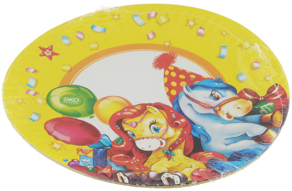 Набор тарелок Paterra Детский праздник, бумажные, диаметр 18 см, 6 шт401-472_желтыйТарелки Paterra Детский праздник предназначены для украшения и сервировки стола во время мероприятий дома, в офисе, на даче, на пикнике. Пригодны для горячих блюд. Тарелки прочные, благодаря качеству и высокой плотности используемой при их изготовлении бумаги. Диаметр тарелки: 18 см. Количество в упаковке: 6 шт.