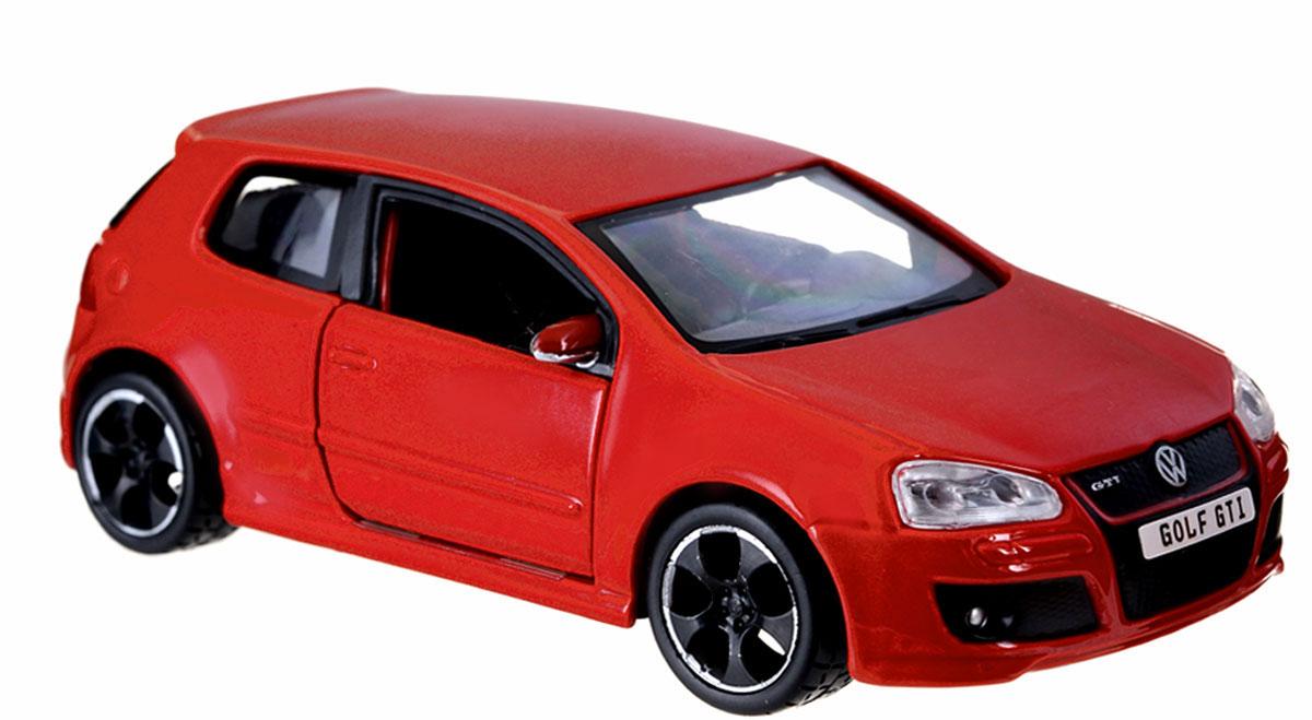 Bburago Модель автомобиля Volkswagen Golf GTI цвет красный18-43000_красныйМодель автомобиля Bburago Volkswagen Golf GTI будет отличным подарком как ребенку, так и взрослому коллекционеру. Благодаря броской внешности, а также великолепной точности, с которой создатели этой модели масштабом 1:32 передали внешний вид настоящего автомобиля, модель станет подлинным украшением любой коллекции авто. Машинка будет долго служить своему владельцу благодаря металлическому корпусу с элементами из пластика. Дверцы машины открываются, прорезиненные шины обеспечивают отличное сцепление с любой поверхностью пола. Модель автомобиля Bburago Volkswagen Golf GTI обязательно понравится вашему ребенку и станет достойным экспонатом любой коллекции.